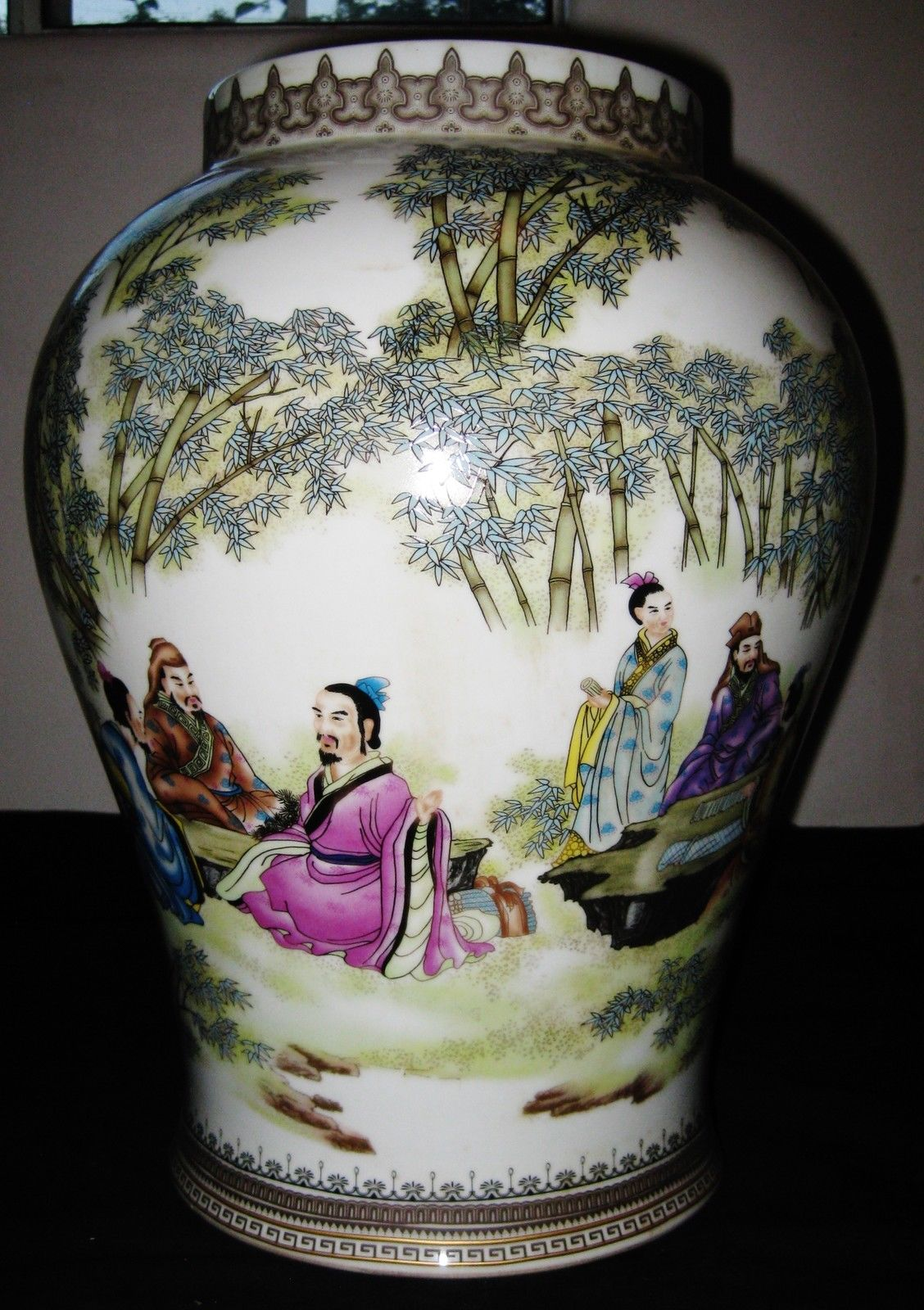Antique Chinese Figures Hand Painted Porcelain Vase, YongZheng Mark.