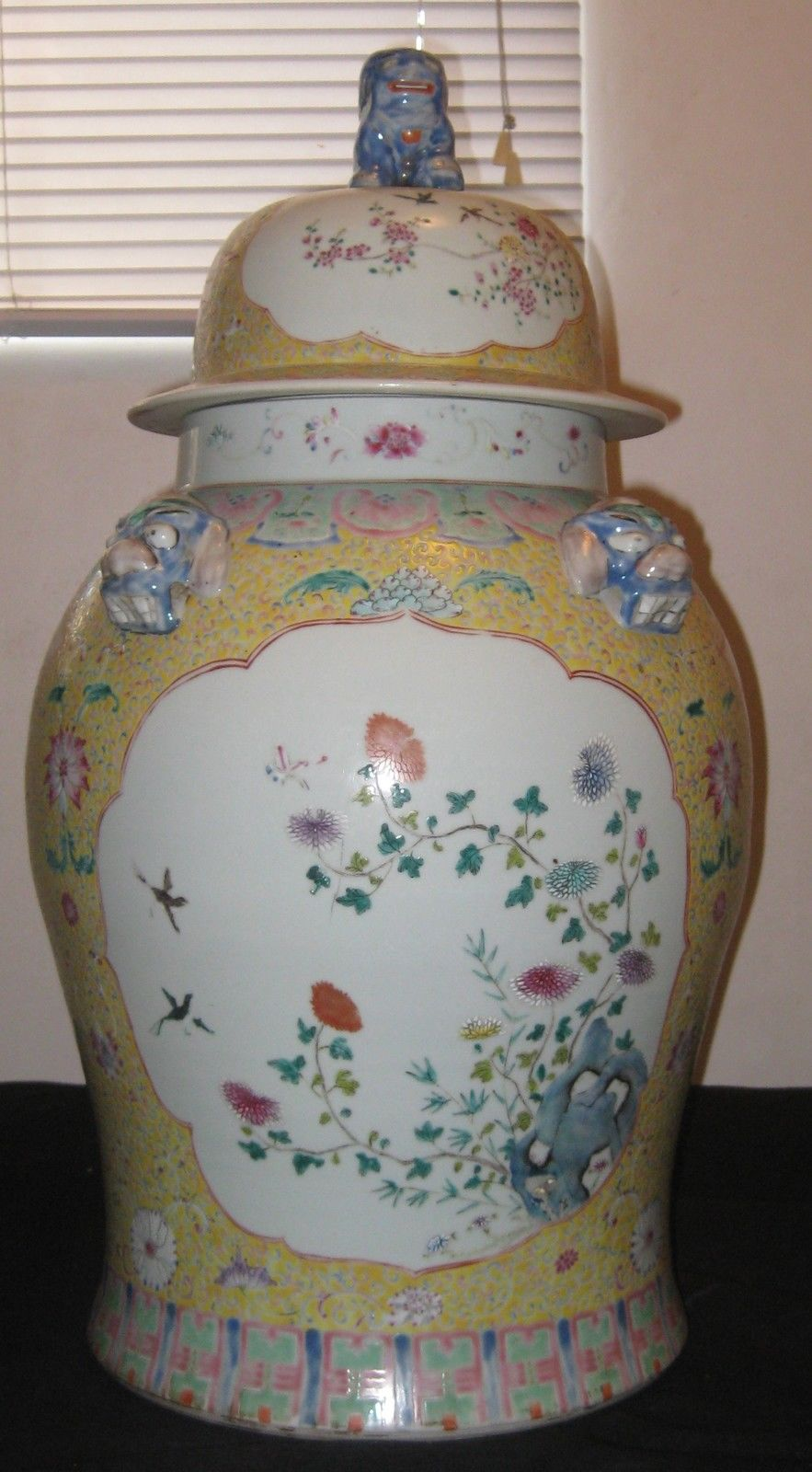 Antique Rare Huge Chinese Polychrome Hand Painting Porcelain Vase,19th Century.