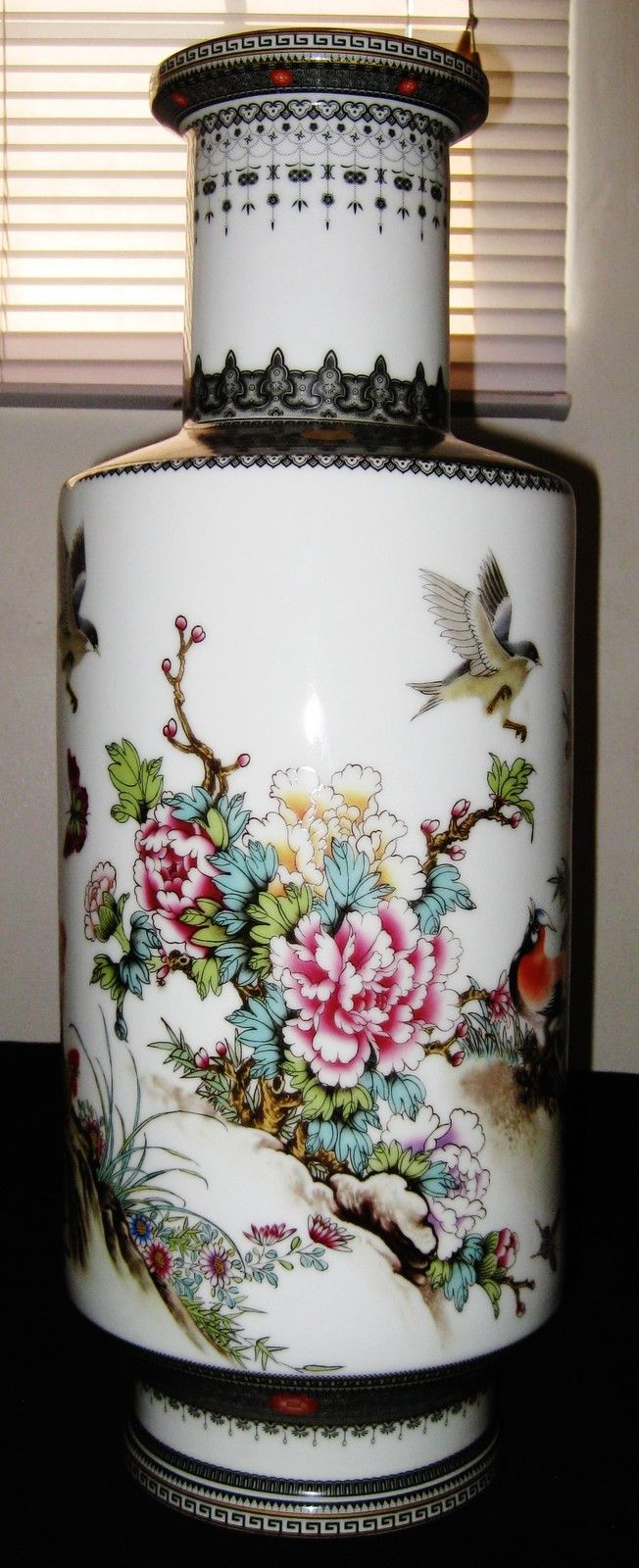 Chinese Republican Artist Bi Botao Work On Art, Famille Rose Porcelain Vase.
