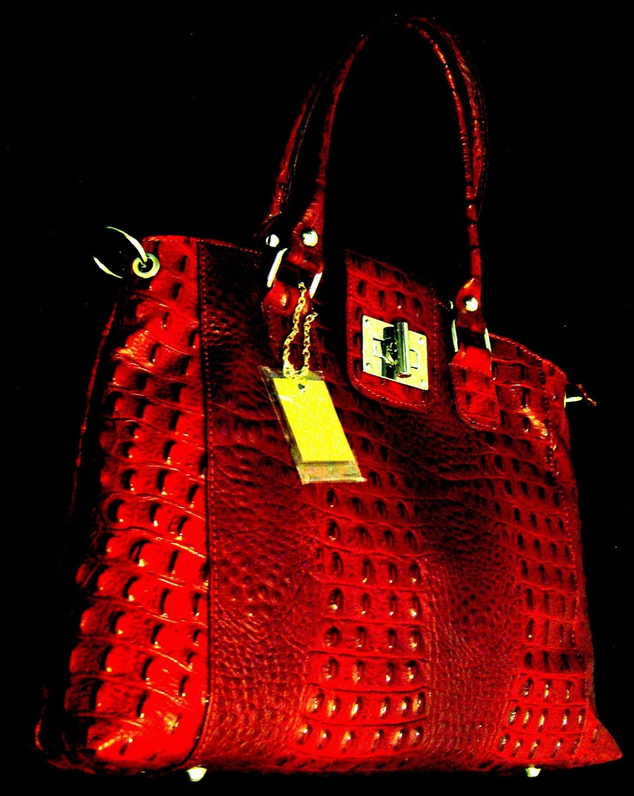 100% GENUINE ITALIAN COW LEATHER BAG IN CROCODILE STYLE- NELSON MONUMENT-RED;NR.