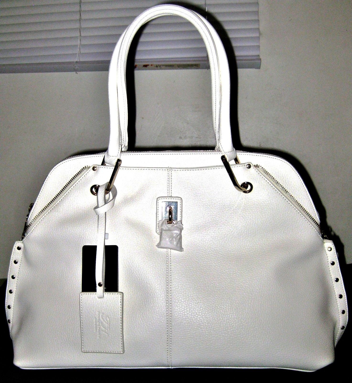 100% GENUINE ITALIAN COW LEATHER HANDBAG OFF WHITE COLOR