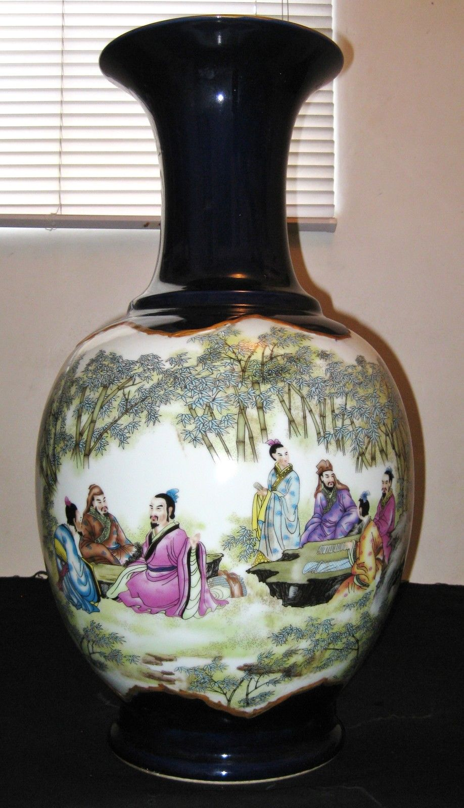 Antique-Chinese-Blue-White-7-Immortals-Porcelain-Vase-Dao-Quang-Mark-19th-C
